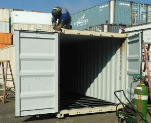 sea container cutting door frame