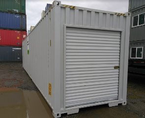 sea container man door