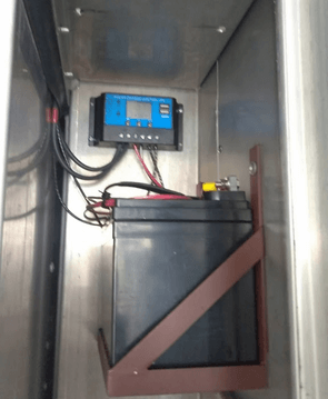Cold storage container solar charging system